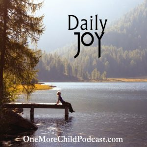 Daily Joy | How do you start the day with daily joy? Some days it is easier than others, but in this podcast, I'll share ways that are helpful and will encourage you to begin with a smile. Shh! It is contagious. | #podcast #christianpodcast
